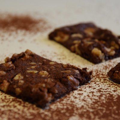 Glutenfria chokladrutor med valnötter